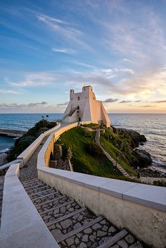 Torre Truglia in Sperlonga / Italy (by Simone Angelucci). - See more at: http://visitheworld.tumblr.com/#sthash.2DdlEp7c.dpuf