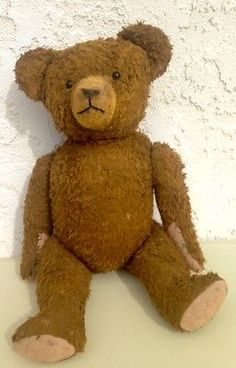 VINTAGE ANTIQUE MOHAIR TEDDY BEAR SHOE BUTTON EYES, EXCELSIOR STUFFING, STEIFF?