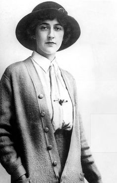 Agatha Christie, 1912. (via vogue.co.uk)