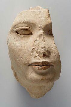 Limestone fragmentary head of a prince or princess. New Kingdom. 18th dynasty. Reign of Akhenaten. 1353–1336 B.C.   Museum of Fine Arts, Boston