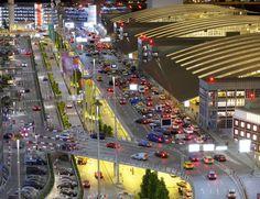 Miniatur Wunderland Hamburg Flughafenterminal - Modellbau Modelleisenbahn Hamburg