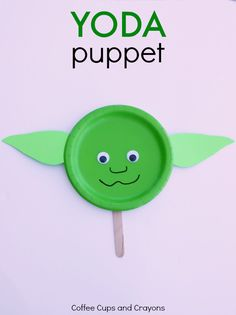 Yoda Puppet Star Wars Craft - Coffee Cups and Crayons Yoda Puppet Star Wars Kids Craft! Need fantastic suggestions regarding arts and crafts? Head to my amazing site! Paper Plate Crafts For Kids, Diy Crafts For Kids, Fun Crafts, Art For Kids, Star Wars Party, Star Wars Birthday, Deco Anniversaire Star Wars, Craft Activities, Preschool Crafts