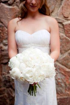 Bridal party flowers by Splendid Affairs www.splendidaffairs.co.za