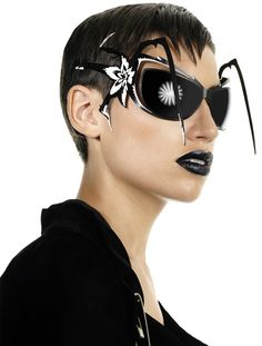 Parasite Vamp sunglasses - incy wincy spider...