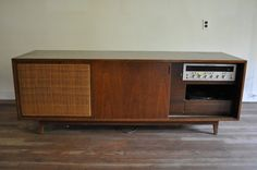 Connecting buyers and sellers of vintage Furniture Narrow Living Room, Yorkie, Vintage Furniture, Home Furnishings, New Homes, Mid Century, Layout, Flooring, Cabinet