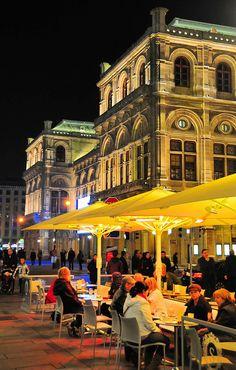 Cafes near the #Vienna State #Opera, Austria