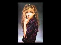 here's another Stevie song that wrote but was unreleased ~ 'All The Beautiful Worlds', 1982 ~ ~ ♪♫♥❤♥♫♪ ~ https://youtu.be/ud3nlQPXwD8