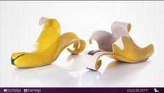 İsrailli ayakkabı tasarımcısı Kobi Levi çarpıcı ve sanatsal tasarımlarıyla işlevsellik ve konforu bir araya getiriyor.Son derece yetenekli bir tasarımcı olan Levi kadınların dikkatini çekecek şekilde hazırladığı ayakkabıları tasarlarken doğal hayattan ve hayvanlardan ilham alıyor.