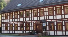 Hotel Pension Wolfsbach Zorge Offering a garden, free Wi-Fi, and non-smoking rooms with scenic views, this traditional-style hotel lies in Zorge in the Harz Mountains. The health resort of Braunlage is 15 km away.