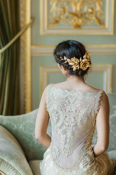 Alchemy lace wedding dress by Claire Pettibone, gold accessory by Lila, Photo: Katy Lunsford
