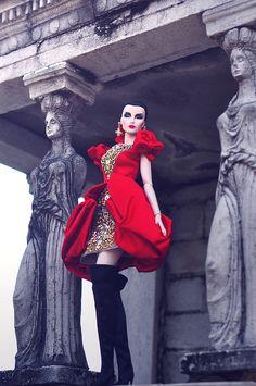 fashion royalty Engaging Elise in Russian Danya Silkstone