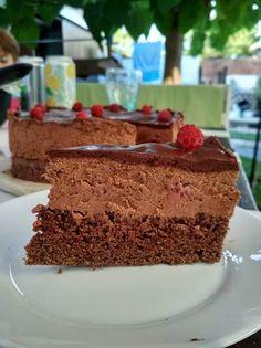 Málnás csoki mousse torta cukormentesen Mousse, Photography Ideas, Deserts, Food And Drink, Cake, Kuchen, Postres, Dessert, Torte