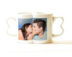 """""""Cose da fare a San Valentino"""" <3  CONSIGLIO #1: Fate colazione insieme!   Le nostre tazze modello love sono perfette!   http://www.fotoregali.com/coppia-tazze-love-con-foto.aspx"""