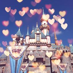 30 day disney challenge day 28-favorite Disney park. Disneyland, I spent so much time here as a kid. I tear up when I get there and when I leave. It is my happy place @Silly Twentytwo
