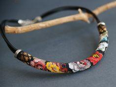 Collier folk floral art portable russe collier de par Kvalwasser