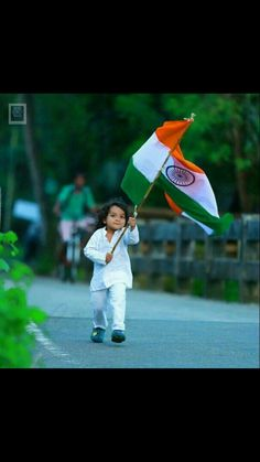 Happy Independence Day❤ Fav pic😅 by Good Quote © Indian Flag, Indian Army, Republic Day Images Pictures, Happy 15 August, Happy Quotes, Best Quotes, Disney Princess Movies, Boy Photography Poses, Wall Banner