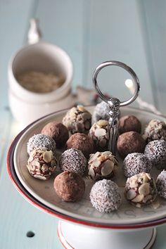 Ricetta Praline al cioccolato invernali | Cirio