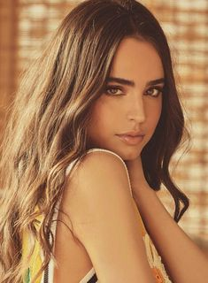 Sofia Carson the best person we all love Hipster Vintage, Style Hipster, Cameron Boyce, Dove Cameron, Pretty Little Liars, Pretty Girls, Le Rosey, Les Descendants, Sophia Carson