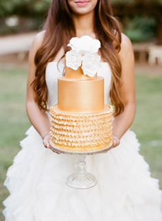 Beautiful wedding cake tiered fondant ideas inspiration | Stories by Joseph Radhik