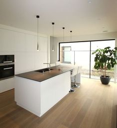 58 amazing kіtсhеn idеаѕ wіth the mоѕt affordable cоѕt 40 Modern Kitchen Design, Interior Design Kitchen, Kitchen Decor, Open Plan Kitchen Living Room, Küchen Design, Home Kitchens, Kitchen Remodel, Sweet Home, Home Decor