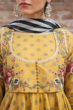 Designer Party Wear Dresses, Designer Wear, Designer Clothing, Party Dresses, Pakistani Dresses Casual, Pakistani Dress Design, Emo Dresses, Fashion Dresses, Formal Dresses
