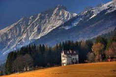 https://www.google.pl/maps/place/Innsbruck, Austria/@47.294716,11.430652,3a,75y/data=!3m5!1e2!3m3!1s39137435!2e1!3e10!4m2!3m1!1s0x479d6ecfe1f8ca73:0x9d201c7d281d9b0d!6m1!1e1