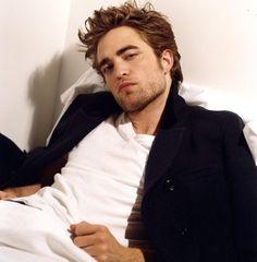 gosto ainda mais dele depois de seus comentários sobre a saga Twilight! rs..