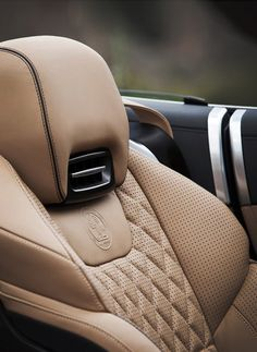 1000 images about interiors on pinterest bmw i3 car interiors and door handles. Black Bedroom Furniture Sets. Home Design Ideas