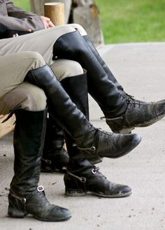 Want a shot like this with the girls from the barn...everyone in their dress boots!