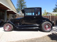 1926 Ford Model T 1926 Ford Model T - 5 Window Coupe Old Style Hot Rod - Clear Title Registration Vintage Cars, Antique Cars, Car Man Cave, Car Insurance Tips, Traditional Hot Rod, T Bucket, Pedal Cars, Top Cars, Car Covers