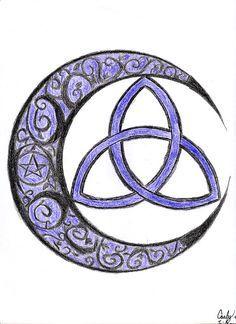 Celtic Crescent Moon Tattoo Designs cresent triquetra by irischiyoko . Maori Tattoos, Tattoos Bein, Celtic Tattoos, Body Art Tattoos, Indian Tattoos, Tatoos, Irish Tattoos, Mother Daughter Tattoos, Tattoos For Daughters