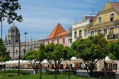Un Dimanche à Belém - via Voyager en Photos 11.06.2015   Belém, une ville de la proche banlieue de Lisbonne, souvent considérée comme un incontournable lorsque l'on se rend dans la capitale portugaise.  #lisbonne #lisboa #portugal #voyage #travel #photo