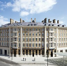 Official Site for Great Northern Hotel, an exquisite boutique hotel in the heart of King's Cross St Pancras. Hotel King, Living In London, Hotel Architecture, Hotel Branding, London Hotels, Brickwork, London Calling, Old Buildings, London Travel