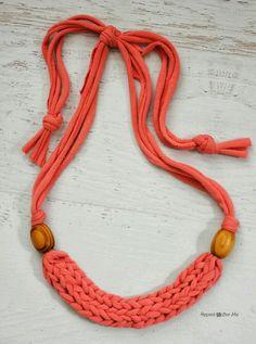 Buenas ideas para utilizar algo reciclado, un poco de imaginación y buen gusto podría hacer que te conviertas en una diseñadora de joyas !! ...