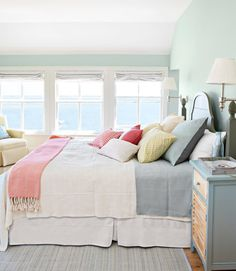 Estelle's: Beach House Decorating/ lovely colors