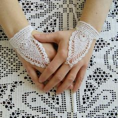 FREE SHIPPING Wedding crochet gloves,prom gloves,unique gloves,white evening and formal gloves