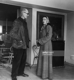 Le Corbusier And Yvonne Le Corbusier Le Corbusier, Pierre Jeanneret, Robert Doisneau, Famous Architects, North And South America, World Heritage Sites, Bauhaus, Modern Architecture, History