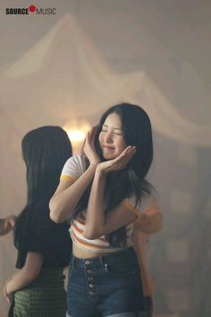 """Mnet Special: ""Time For The Moon Night"" MV Shooting Behind the Scenes"" Sinb Gfriend, Gfriend Sowon, South Korean Girls, Korean Girl Groups, Gfriend Profile, Kim Ye Won, Choi Siwon, G Friend, Music Photo"