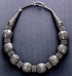 Granulated silver necklace , Yemen   (Bir collection )