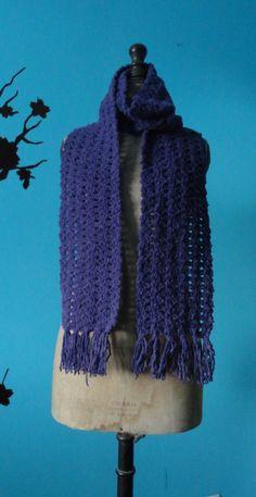 Très longue écharpe effet velours - Un grand marché Laine Katia, Knit Crochet, Knitting, Etsy, Fashion, Long Scarf, Beaded Crochet, Tricot, Headscarves