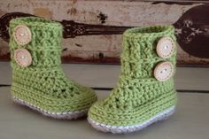 Baby Unisex Ugg Booties Crochet Pattern -  Wellington Boots via Etsy