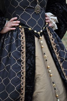 Renaissance Boleyn Court Tudors dress costume with by MattiOnline