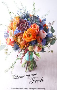 This bouquet is amazing! - - This bouquet is amazing! Wedding Flowers This bouquet is amazing! Orange Wedding Flowers, Wedding Table Flowers, Wedding Flower Arrangements, Love Flowers, Floral Wedding, Floral Arrangements, Beautiful Flowers, Trendy Wedding, Wedding Blue