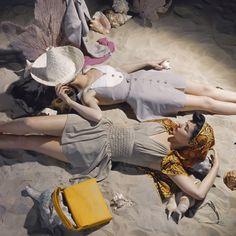 Esta fotografía pertenece a un producción de moda de Vogue del año 1941, cuando el biquini aún estaba por inventarse.