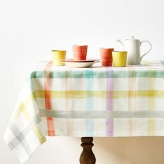 colorful tablecloth and dinnreware