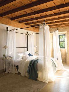Спальни в деревянных домах, из которых не захочется выбираться   Пуфик - блог о дизайне интерьера