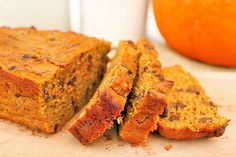 EASY to make Chocolate Chip Pumpkin Bread- only SIX ingredients!! 8g protein per slice!