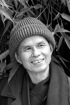 Thich Nhat Hanh - The Mindfulness Bell - Autumn 2006 - Issue 43