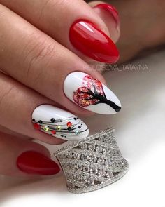 Red Gel Nails, Oval Nails, Black Nails With Glitter, Glitter Nail Art, Rose Nail Art, Rose Nails, Romantic Nails, Valentine's Day Nail Designs, Valentine Nail Art