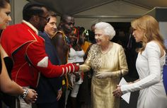 Will.i.am and Kylie Minogue2012                                     via @AOL_Lifestyle Read more: http://www.aol.com/article/2016/04/21/what-32-celebrities-wore-to-meet-the-queen/21348857/?a_dgi=aolshare_pinterest#slide=3868574|fullscreen